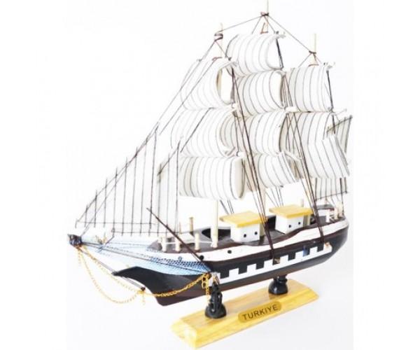 Yelkenli Gemi 231
